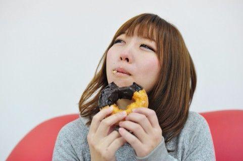 ドーナッツは精製糖質